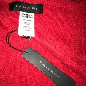 NWT🌟 Tahari Red Cashmere Scarf 🧣